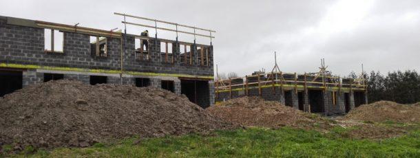 0052 Quatre nouvelles maisons Harmegnies